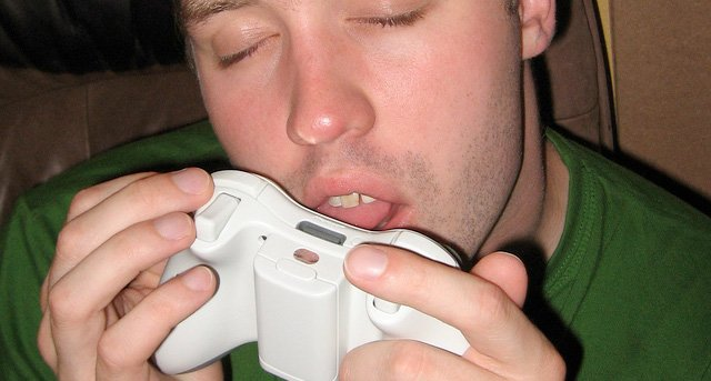Gaming love by Santian on Flickr