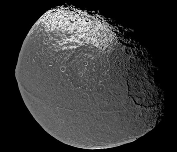A ridge around Iapetus' equator makes it look like a walnut