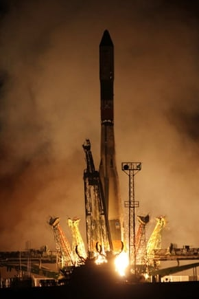 Progress M-16M blasts off from Baikonur