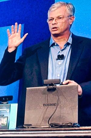 Intel's David Perlmutter demonstrating gestural recognition at the Intel Developers Forum