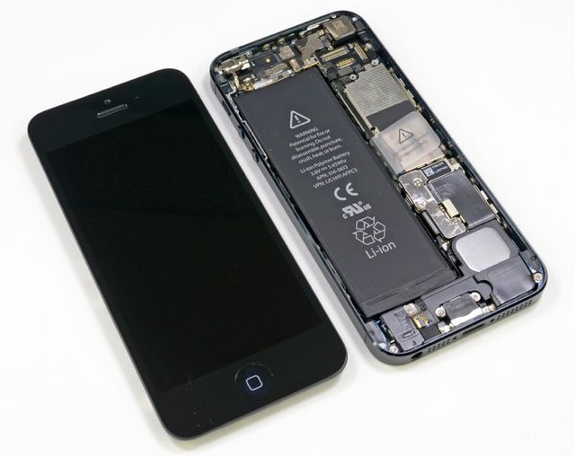 iFixit.com iPhone 5 takeapart