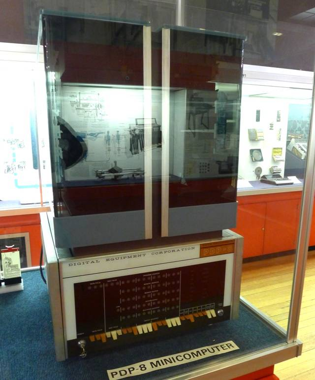 DEC PDP-8