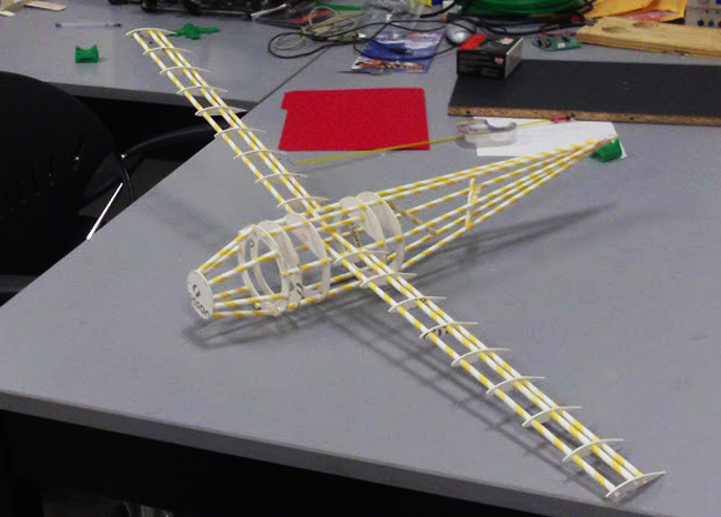 The paper straw structure of the USI plane takes shape