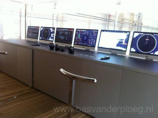 iMacs on the Venus bridge