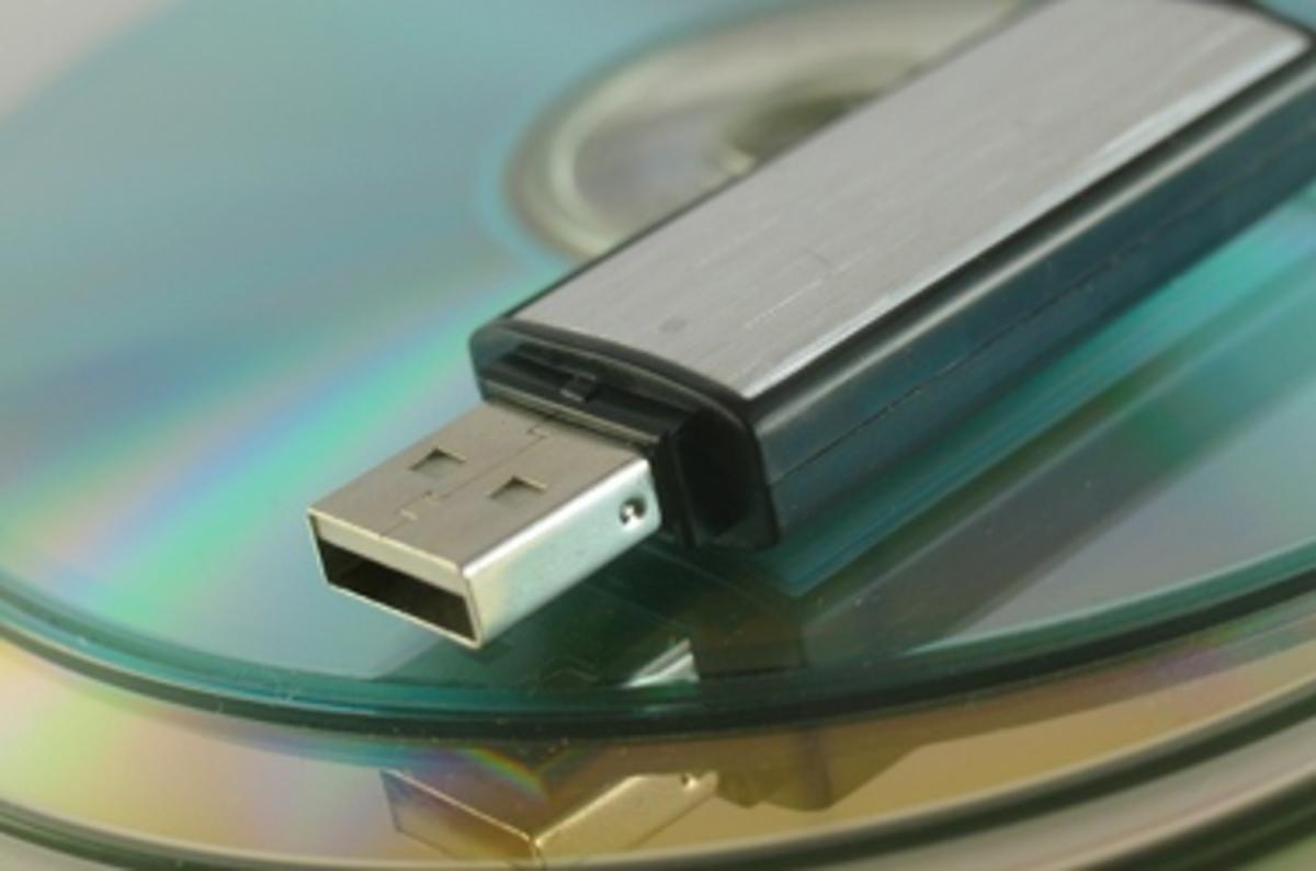Как сделать чтобы телефон определялся как съемный диск