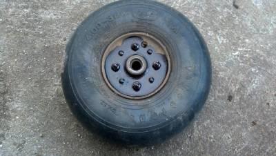 Its a spitfire wheel!