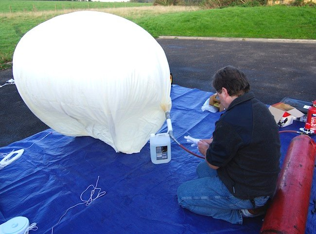 Dave fills the balloon with hydrogen