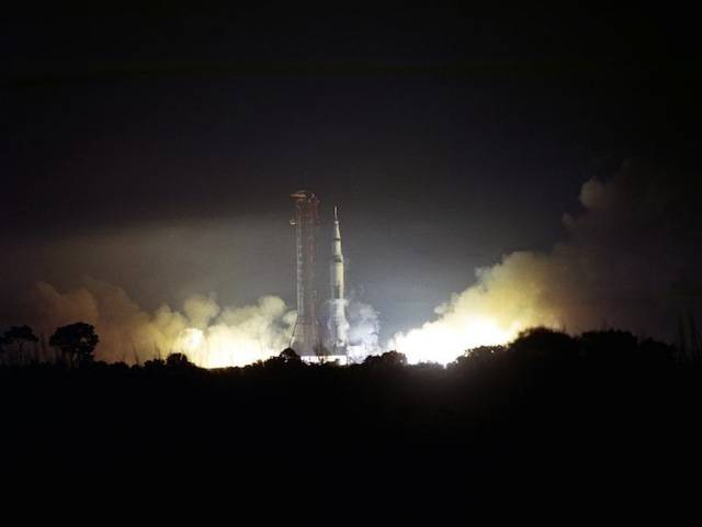 The launch of Apollo 17