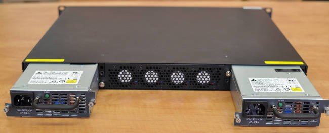 Supermicro switch with her power supplies showing