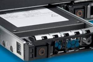 A PowerEdge rack server spitting out an Express Flash SSD module