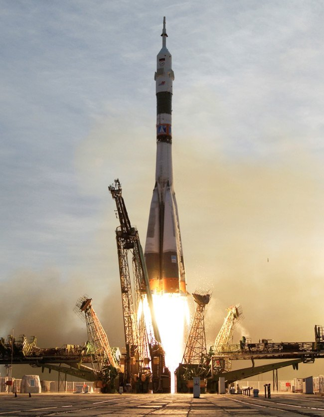 Soyuz TMA-5 spacecraft blasts off from the Baikonur Cosmodrome in Kazakhstan on October 14, 2004, carrying astronauts to the ISS. Pic: NASA/Bill Ingalls