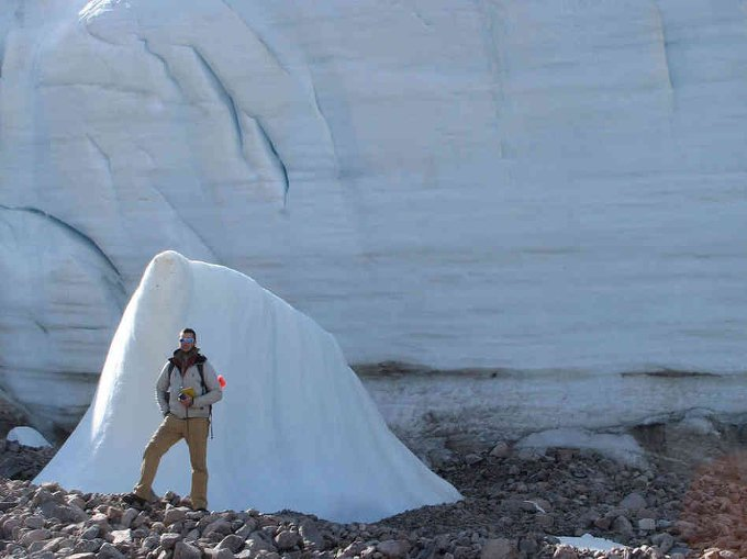 Glacier retreat in the Canadian Arctic