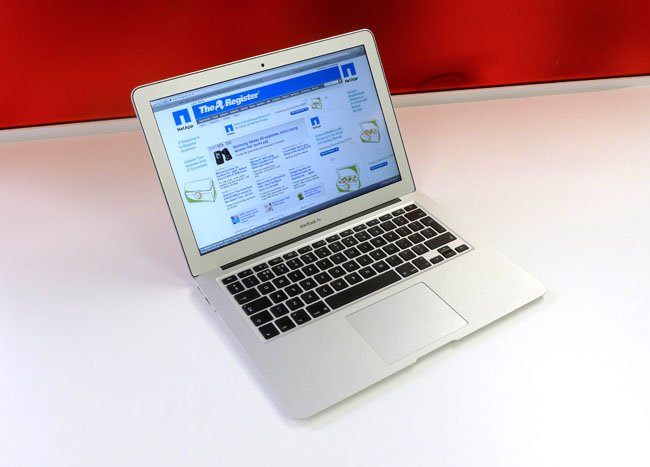 Apple MacBook Air 13-inch 20
