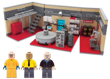 The Lego Breaking Bad lab with figures