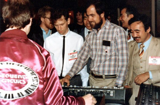 Dave Smith demos MIDI at the NAMM Show 1983