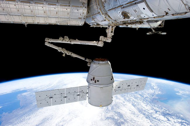 SpaceX Dragon at the IS