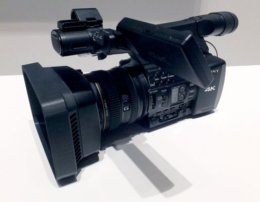 Sony FDR-AX1 pro-sumer 4K video camera