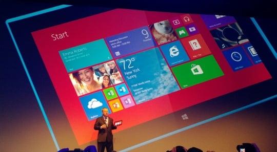Former Microsoft bod Stephen Elop announces Nokia tablet