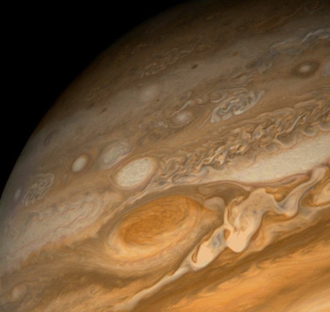 Voyager 1 view of Jupiter and its red spot. Pic NASA