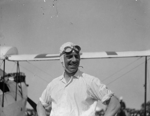 Geoffrey de Havilland, Perth, 1929