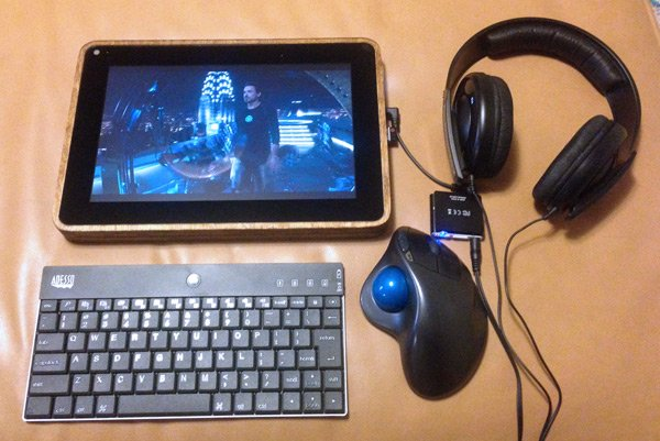 The completed PiPad with keyboard, headphones and mouse