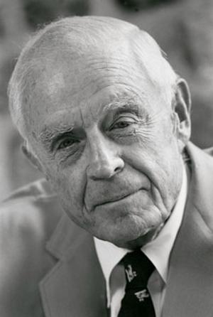 Thomas J Watson Jr