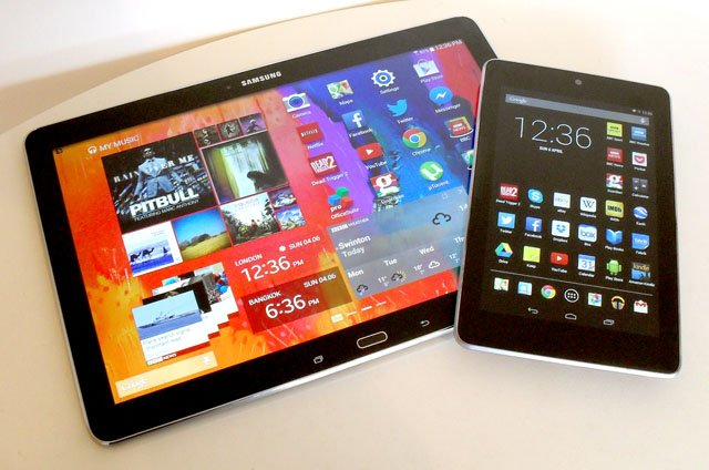 The big picture: side by side with Google Nexus 7