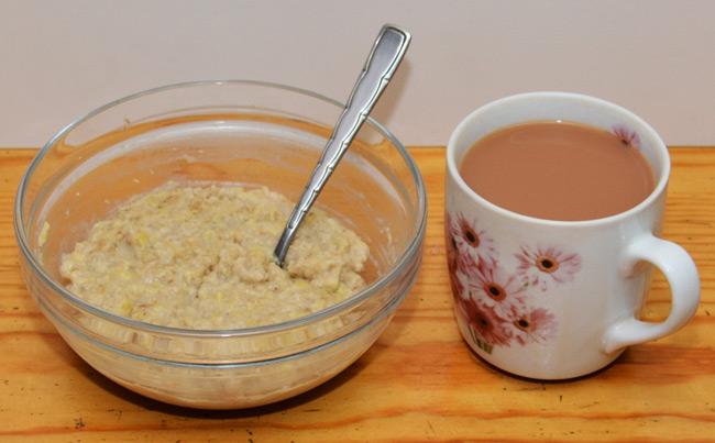 Chris's breakfast of porridge and tea