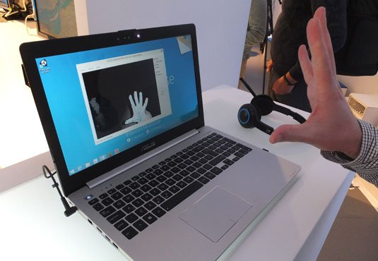 Asus laptop with Integrated Realsense camera