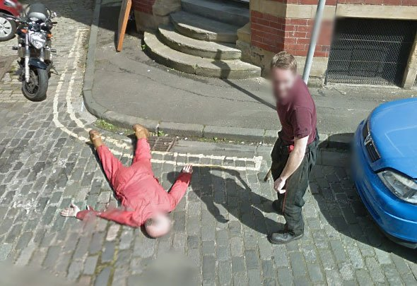Another still of mechanics Dan Thompson and Gary Kerr caught on Street View