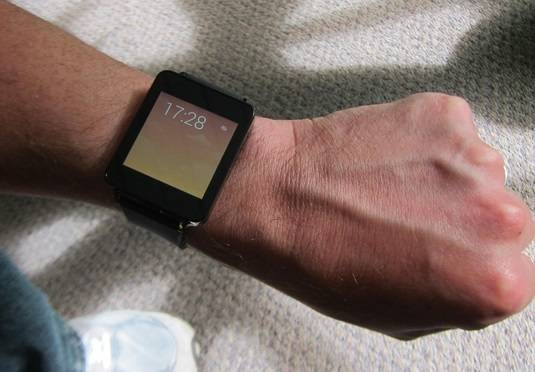 LG G Smartwatch running Android Wear