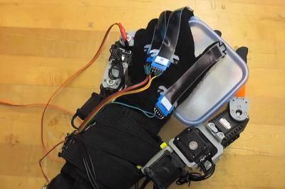 MIT's robot fingers get a grip