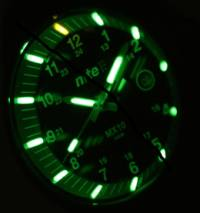 Tritium-powered illumination