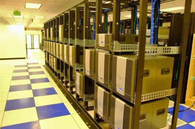Shows a rack of Azul appliances.