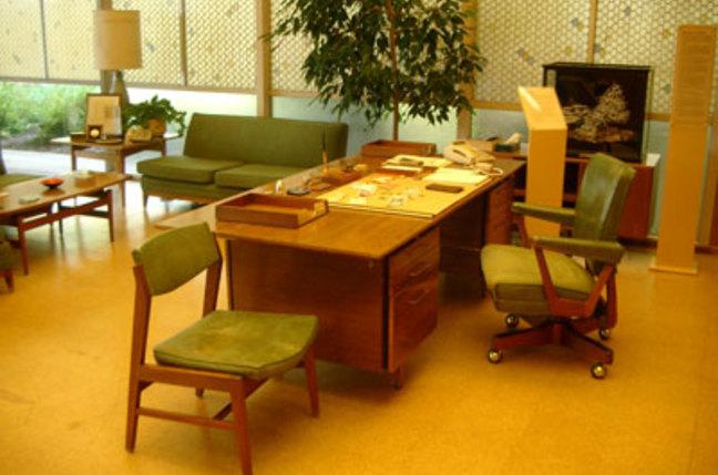 Hewlett's desk