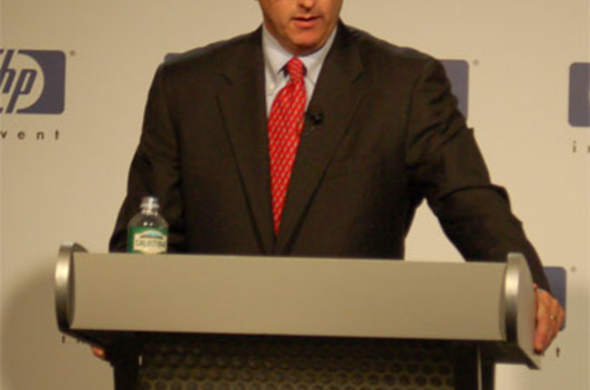 Shot of HP CEO Mark Hurd at press conference