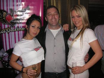 Hack Hansen with casino babes