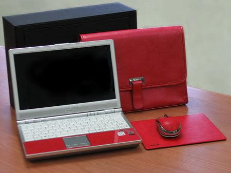 Asus' unique red (nose) SF6 laptop