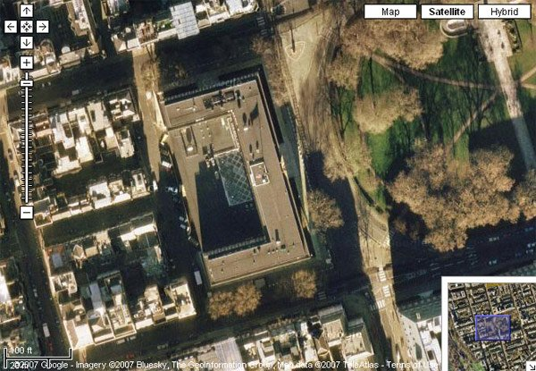 The real US Embassy in Grosvenor Square as seen on Google Maps