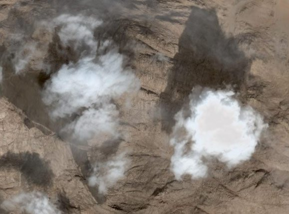 Cloud Jesus seen over Mount Sinai on Google Earth