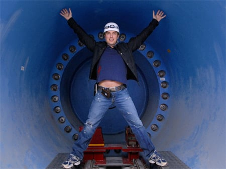 Captain Jack does the Da Vinci pose at CERN