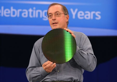 Otellini with wafer - IDF 2007