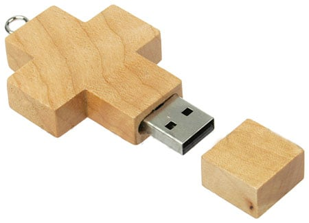 Brando wooden cross Flash drive