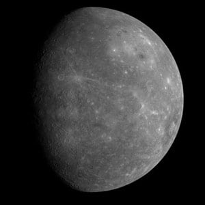 Messenger photo of Mercury's hitherto unseen side. Image: NASA
