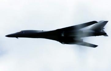 The B-1B Lancer at high speed