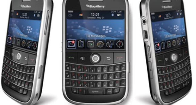 Blackberry_bold_9000_all_sides