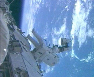 Ron Garan works outside the ISS during the mission's third spacewalk. Photo: NASA