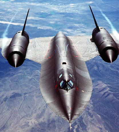The late, great SR-71 doing its thing