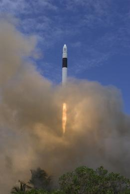 Falcon 1 launches from Kwajalein