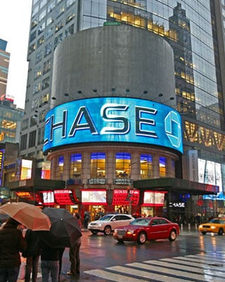 Big Apple S Times Square Gets Eco Billboard The Register